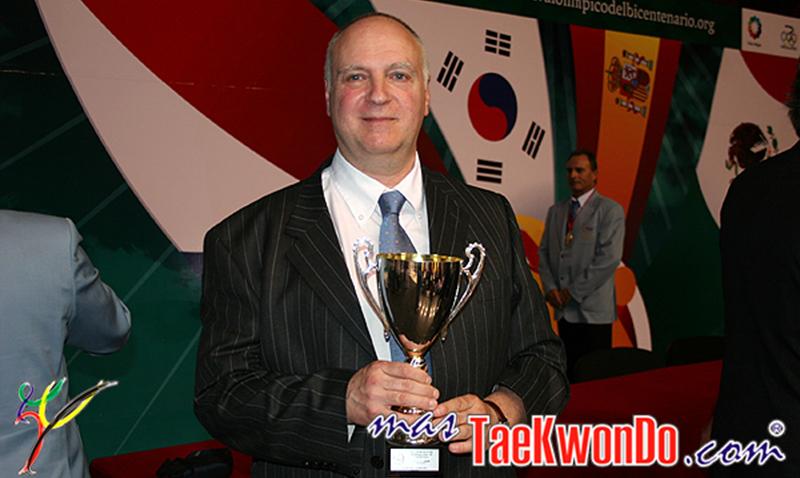 Mario Mandel Vaisman, de la Filosofía al Taekwondo