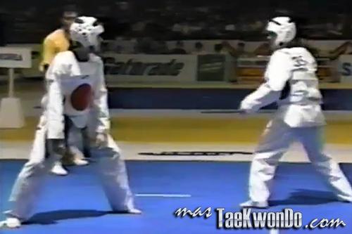 1995-Manila_Combate_1