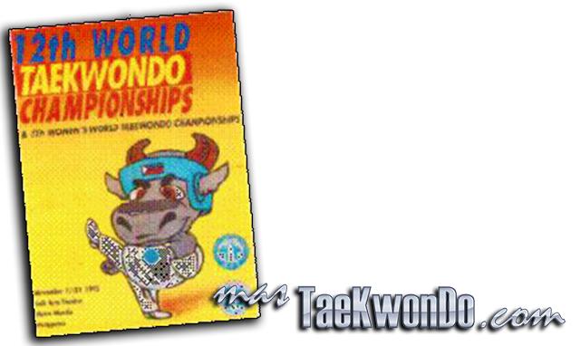 """El Décimo Segundo Campeonato Mundial de Taekwondo masculino y la Quinta edición del femenino se celebró en el """"Folk Art Theatre"""" de Manila (Filipinas) del 17 al 21 de Noviembre de 1995, con la participación de un total de 598 competidores de 77 países."""
