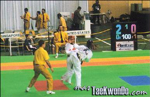1999-Edmonton_Combate