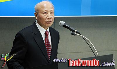 El maestro Lee Kyu Hyung fue nombrado presidente de la Kukkiwon tras la reunión de la junta directiva que se celebró en el Seoul Olympic Parktel el 27 de Octubre. Diecinueve de los veinte miembros atendieron la reunión y votaron por unanimidad por el maestro Lee.