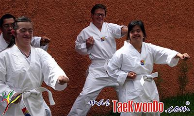 """La Federación Internacional de Deporte para Para-Atletas con Discapacidad Intelectual (Inas), ha llegado a un acuerdo con la WTF para incluir el Taekwondo como deporte de exhibición en los """"Juegos Mundiales Inas 2015""""."""