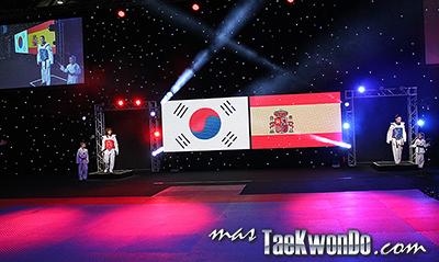 """Galería de imágenes de la 1era jornada del """"2013 World Taekwondo Grand Prix"""", que se desarrolló en el estadio Manchester Central de esa ciudad en el Reino Unido de Gran Bretaña."""