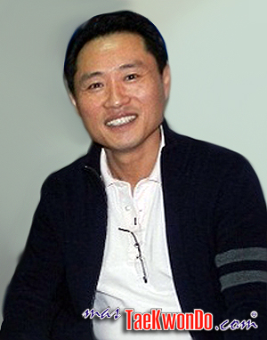 Ji Ho Choi_300