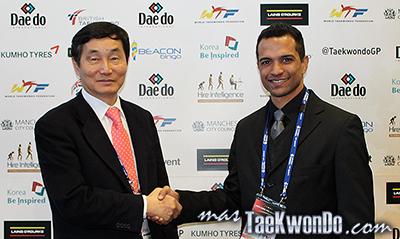 La empresa DIAS SPORTS, representada por el empresario Paulo Daniel Días, renovó contrato de representación exclusiva de la marca Daedo en Brasil y firmó contrato de patrocinio con la Confederación Brasilera de Taekwondo (CBTKD) hasta los Juegos Olímpicos de Río 2016.