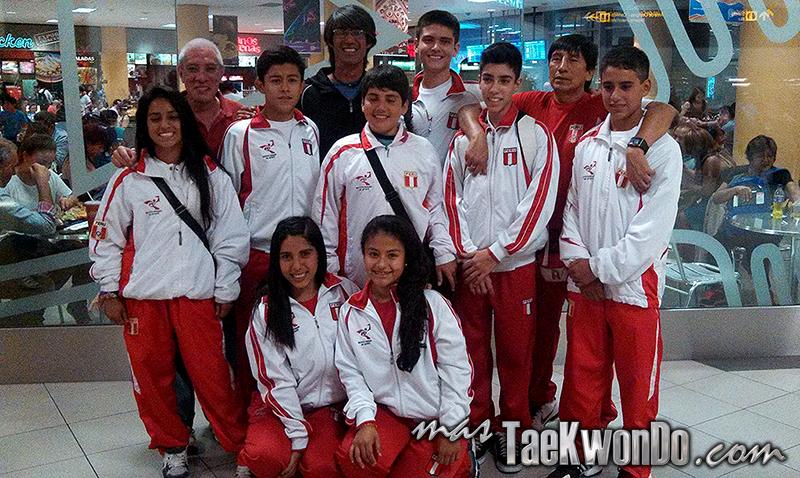 Desde el 29 de enero se encuentra en Corea del Sur la delegación peruana de Poomsae integrada por ocho deportistas, quienes permanecerán en el país asiático por 30 días, acompañados del profesor Luis Flores.