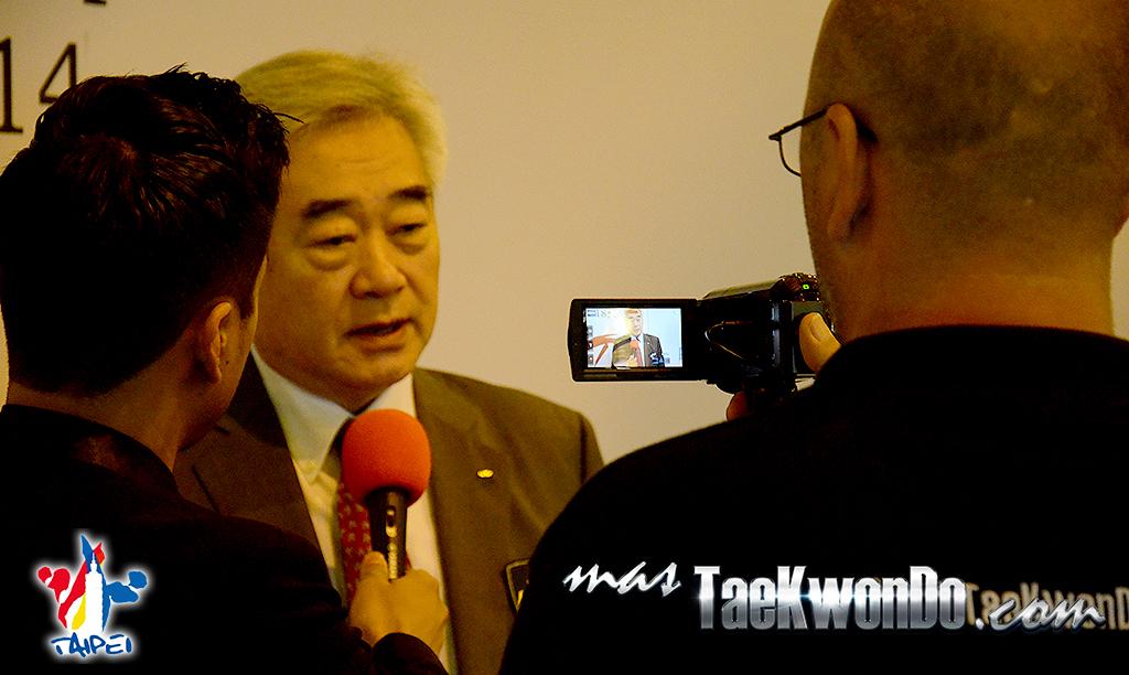 Conversamos en exclusiva con el Presidente de la WTF minutos después de finalizada la reunión de Consejo Ejecutivo de la Federación Mundial y nos comento acerca de puntos importantes que se suscitaron en dicha junta.
