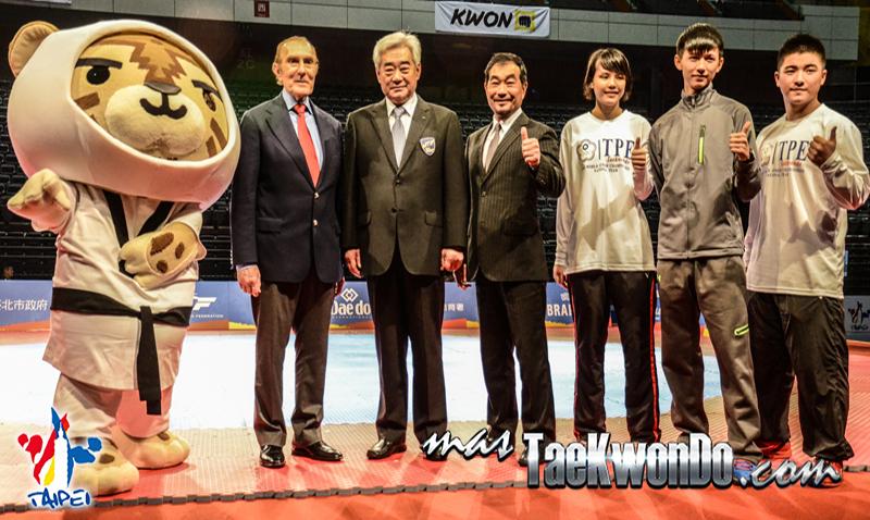 El día previo al inicio del Clasificatorio a Juegos Olímpicos de la Juventud se vivió con un ambiente político, puesto que tuvo lugar la conferencia de prensa y la 25° Asamblea General de la Federación Mundial.