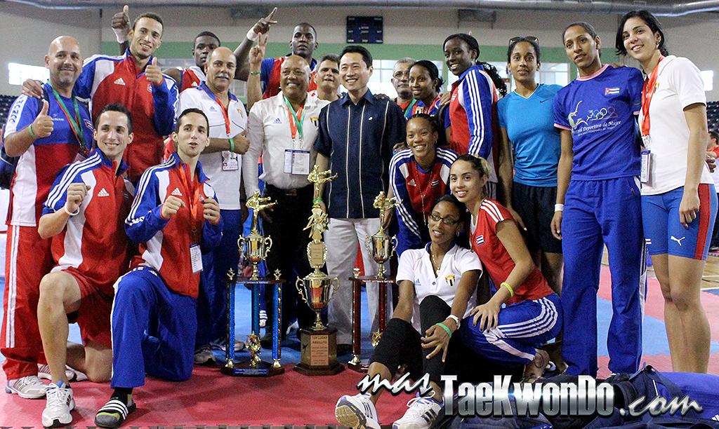 """El Seleccionado Cubano de Taekwondo, no solo clasificó a sus 16 deportistas rumbo a los Juegos Centroamericanos y del Caribe (CAC) """"Veracruz 2014"""", sino que quedó en lo más alto del medallero."""
