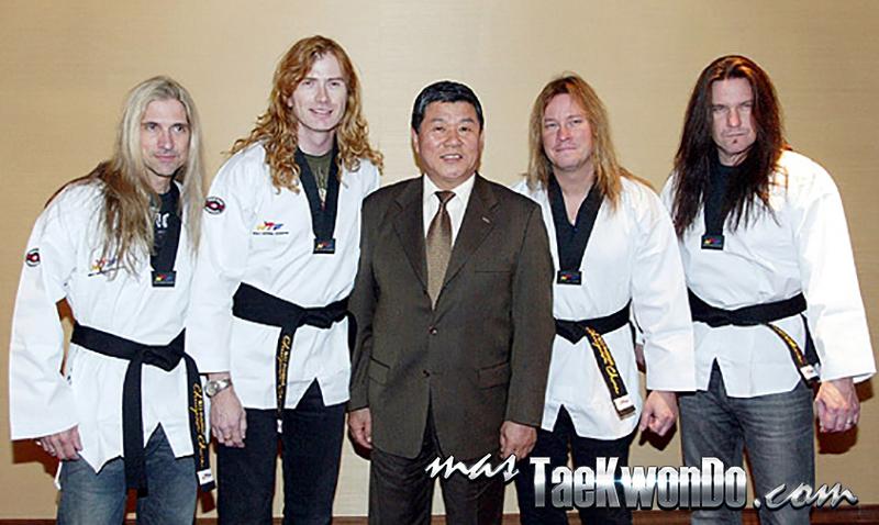 2014-05-20_85234x_2009_Megadeth_Taekwondo_ (1)
