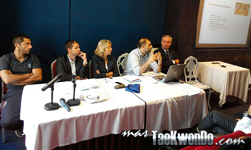 Foto durante la reunión técnica de la RFET