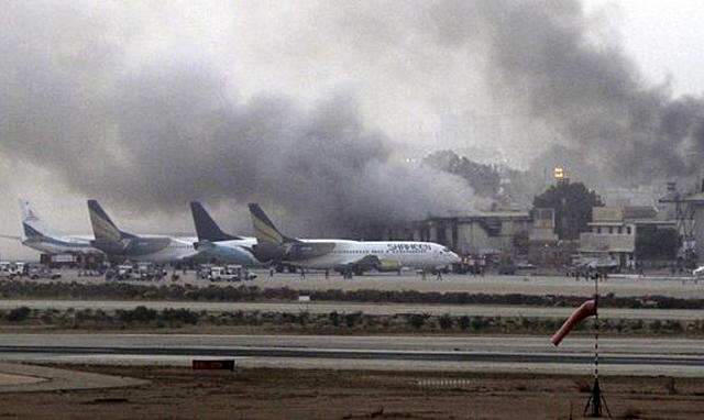La Federación de Taekwondo de Pakistán que comanda el Teniente Coronel Waseem Ahmed, dijo querer realizar un Campeonato Asiático el próximo año. Días después un atentado talibán dejó más de 30 muertos en el mayor aeropuerto de ese país.