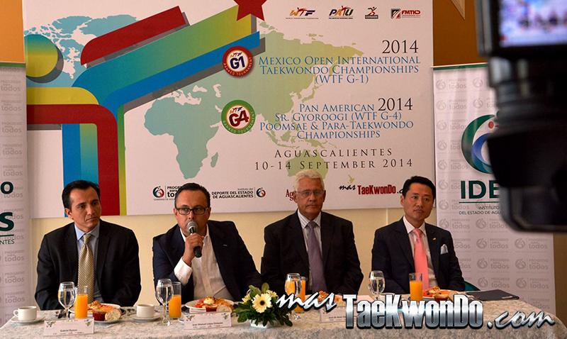 Conferencia de prensa en Aguascalientes