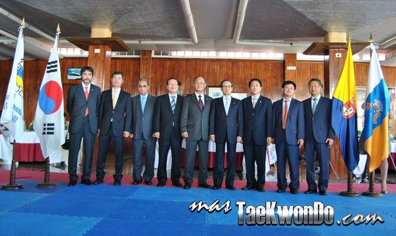 El pasado 24 de Mayo, en el Real Club Náutico de Gran Canaria, se celebró un evento de reconocimiento a la labor desempeñada por un grupo de siete maestros coreanos de las Artes Marciales, Taekwondo y Hapkido.