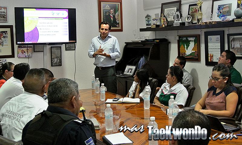 Reunion en las instalaciones del Instituto del Deporte del Estado de Aguascalientes