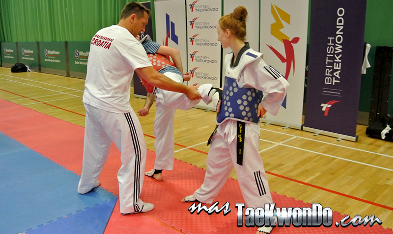 para-taekwondo training session at the IWAS World Junior Games 2014