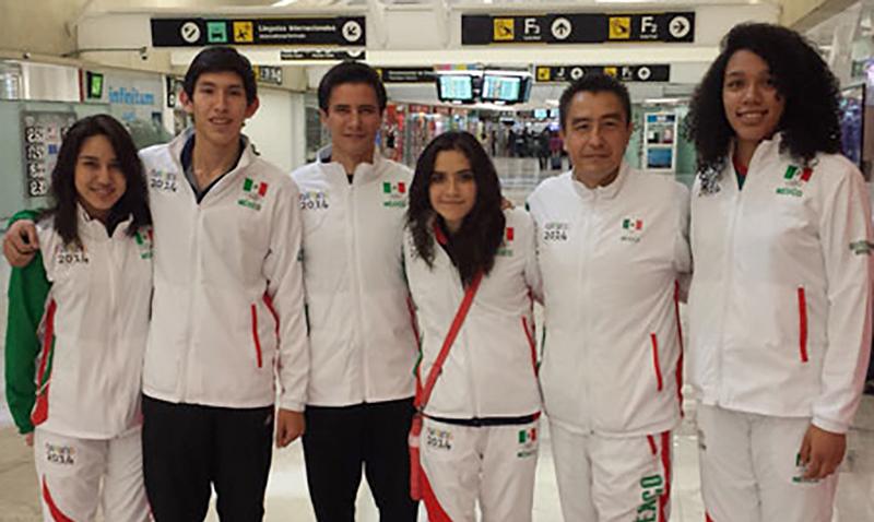 Equipo juvenil de Taekwondo que va a los YOG Nanjing 2014