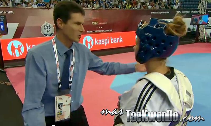 Traje y Corbata en Taekwondo