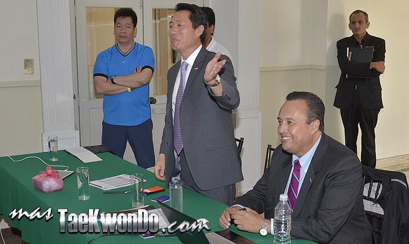 Hi Jo Choi y Juan Manuel Lopez