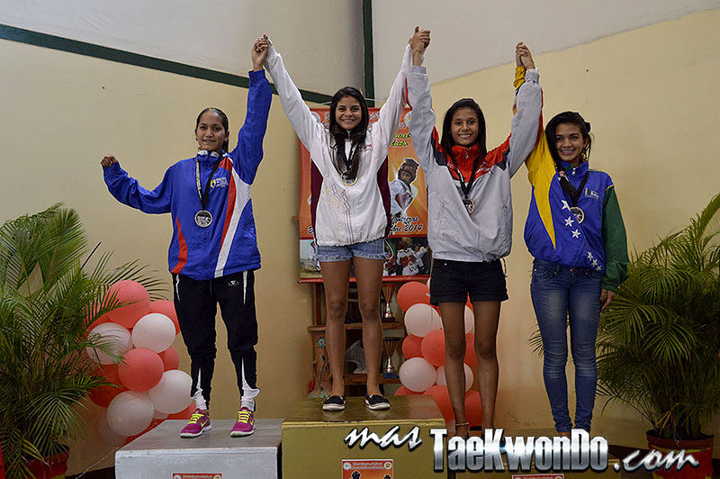 Podio F-46, II Válida Nacional Campeonato Absoluto de Taekwondo