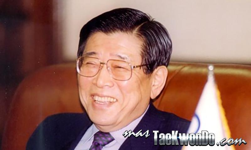 Un Yong Kim