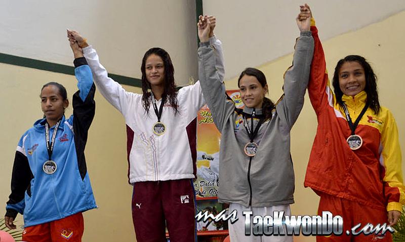 Podio F-49, II Válida Nacional Campeonato Absoluto de Taekwondo