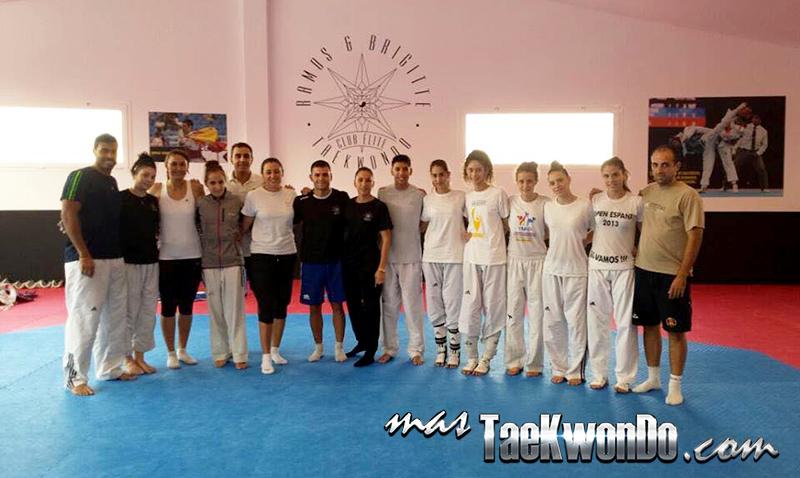 Equipos de entrenos en el club Ramos & Brigitte