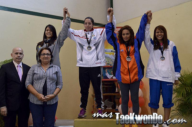 Podio F-53, II Válida Nacional Campeonato Absoluto de Taekwondo