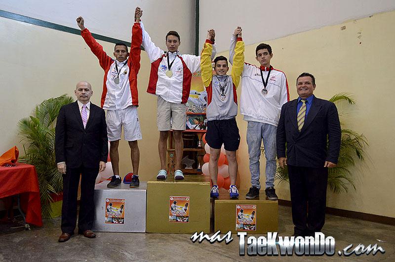 Podio M-63, II Válida Nacional Campeonato Absoluto de Taekwondo