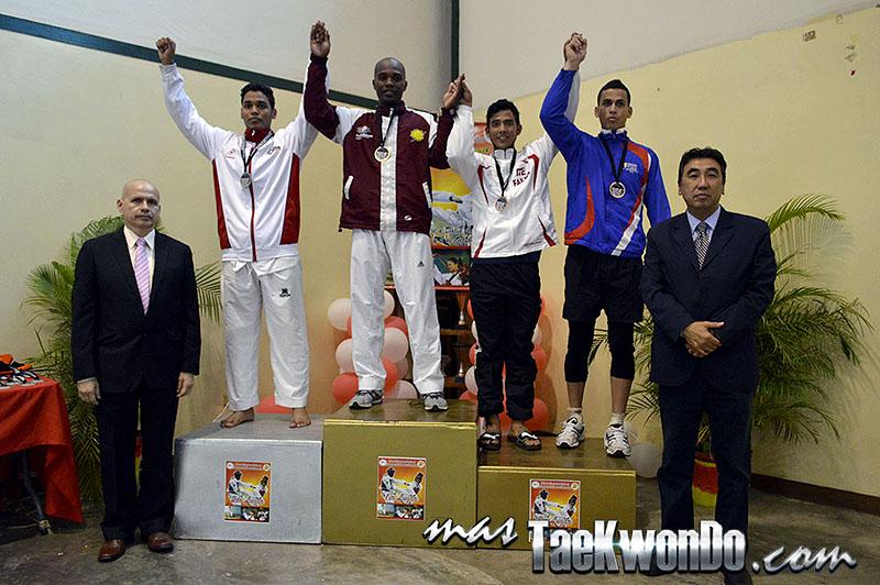Podio M-87, II Válida Nacional Campeonato Absoluto de Taekwondo