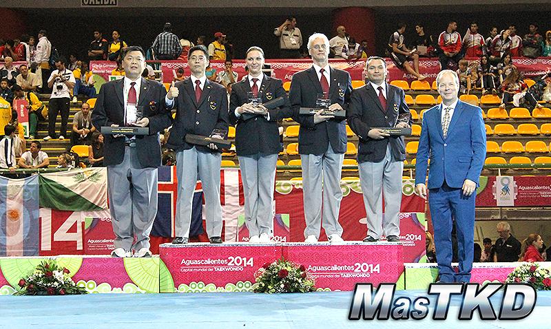 Mejores arbitros del Mundial de Poomsae 2014