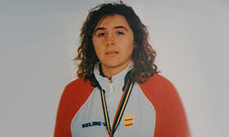 Elena Benítez 3 veces campeona de la Copa del Mundo.