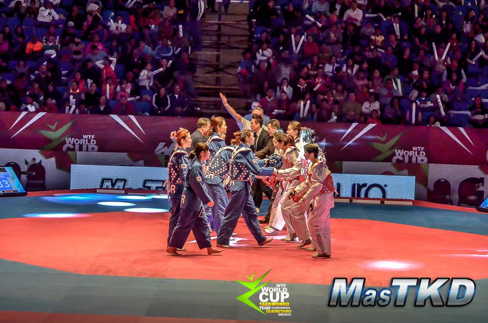 Corea del Sur vs. China en la Copa del Mundo por Equipos, categoría femenina