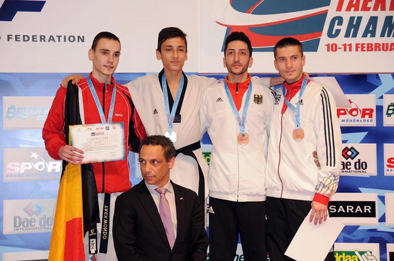 Podio M-58 del 3rd European Taekwondo Club Championships