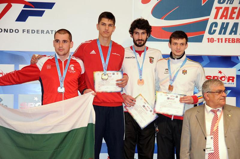 Podio M-74 del 3rd European Taekwondo Club Championships