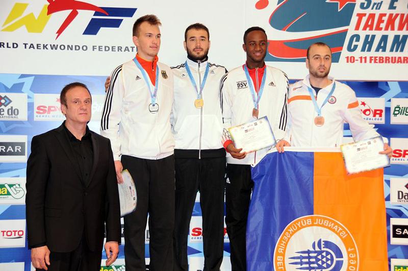 Podio M-87 del 3rd European Taekwondo Club Championships