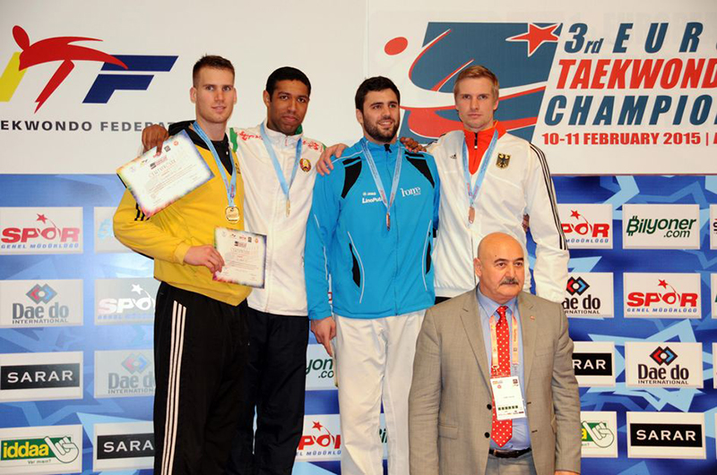 Podio M+87 del 3rd European Taekwondo Club Championships