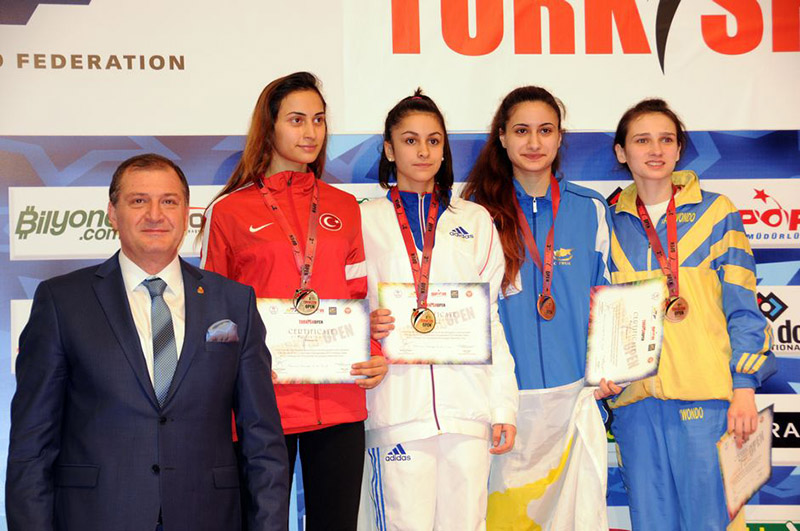 Podio F-46 del Turkish Open  2015