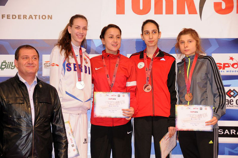 Podio F-49 del Turkish Open  2015