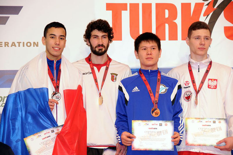 Podio M-74 del Turkish Open  2015