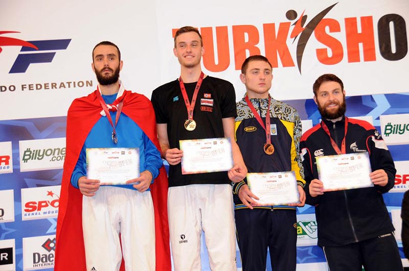 Podio M-80 del Turkish Open  2015