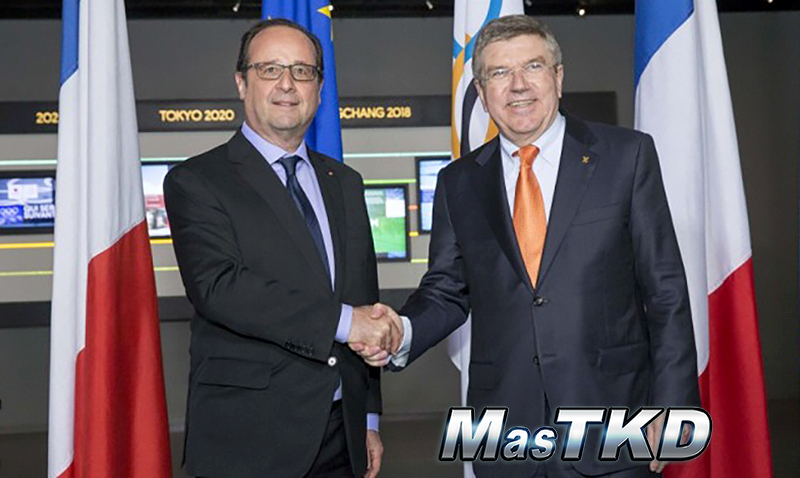 Thomas-Bach-meets-Francoise-Hollande-at-Olympic-Museum
