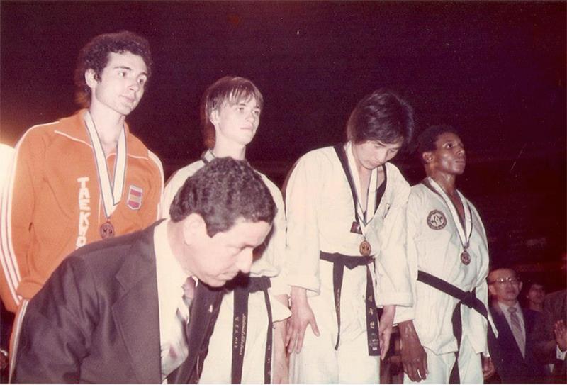 Podium-de--73-kg-Francisco-Garrido-y--Helmut-Gartner-bronce-Jeong-Kook-Oro-y-Duvan-Canga-plata