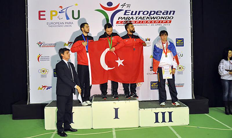 Podio_Europeo_Para-Taekwondo_K44_M-75_