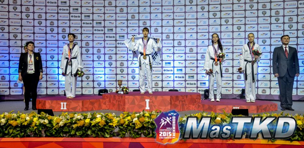 Podio_F-49_Mundial-Taekwondo_DSC9321