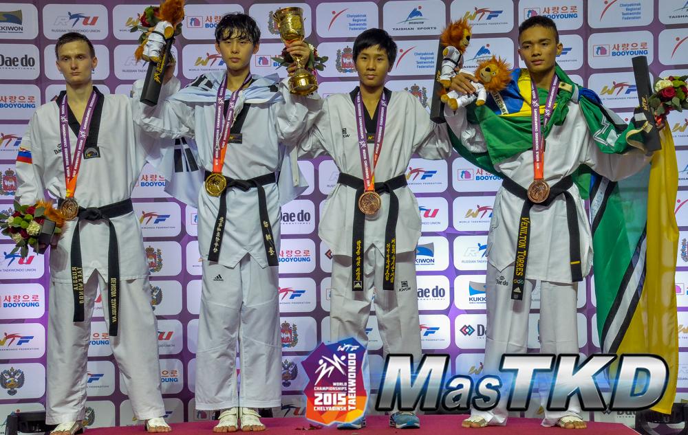 Mundial-Taekwondo-Dia5_Podio_M-54