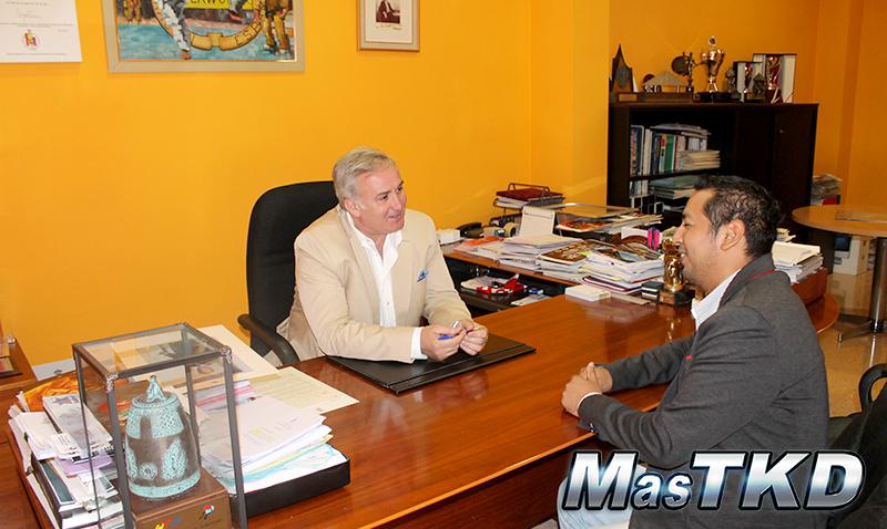 Rojas-Entrevista-a-Castellanos_MasTKD