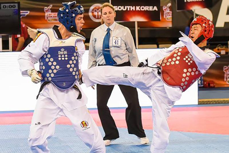 Para-Taekwondo_Combate_02