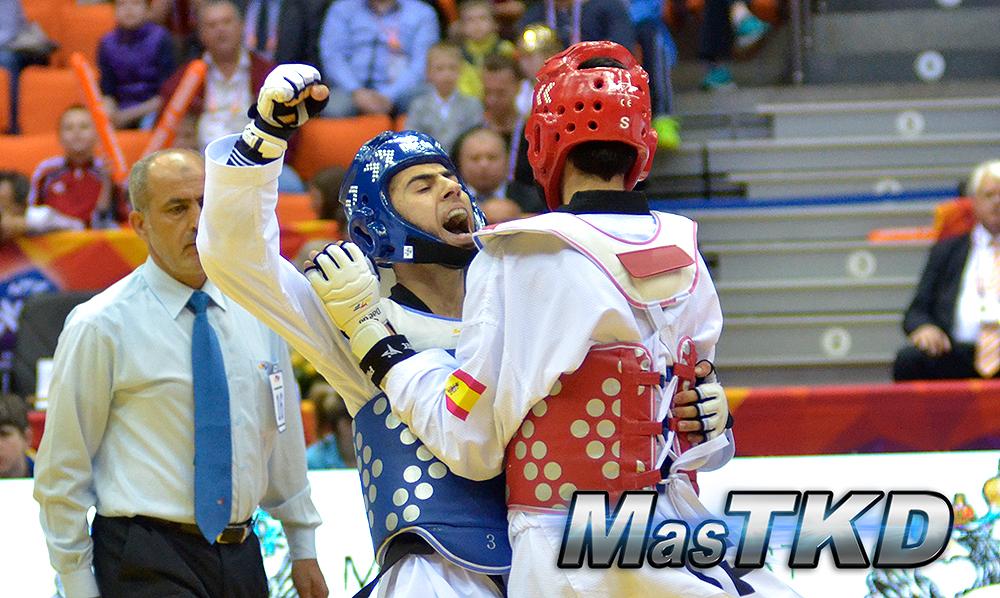 Atleta-gritando-Punto_Taekwondo