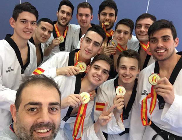 Marco Carreira y el equipo de Taekwondo de España